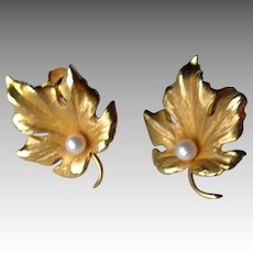 Fabulous 14k Gold Leaf Earrings with Pearl
