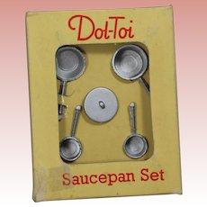 Vintage Dol-Toi Doll Metal Saucepan Set in Orig Box! England