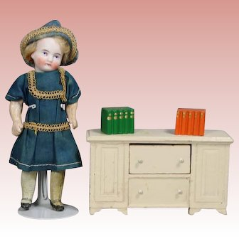 Vintage 1930s Dollhouse Doll Chest Drawers & Mini Books!