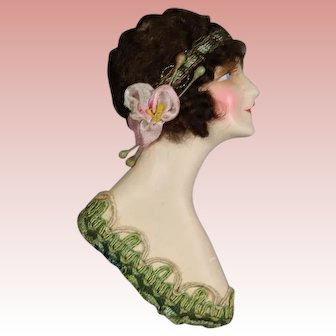 Beautiful 1920s Boudoir Doll Chalkware Flapper Head Decorative Bust!