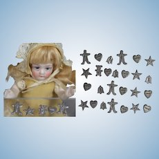 Vintage Mini Doll Sized Cookie Cutters for Kitchen, Roombox, Dollhouse!