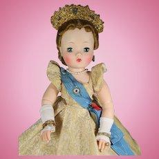 Mint! 1961 Mme Alexander CISSY Queen Elizabeth Coronation Doll!