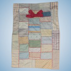 Lovely Antique c1910s Doll Bed Quilt!