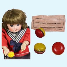 Vintage Mini Doll Wooden Yo-Yo in Orig Package! JAPAN