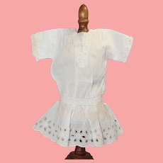 """Lovely Antique White Cotton Bisque Doll Dress for 16"""""""