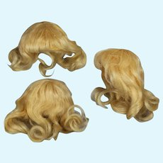 """Antique Soft Blonde Mohair Doll Wig 5"""" Head Circumference"""