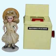 Vintage 1940s Doll Sized Metal Toy Washing Machine!