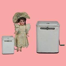 Vintage Tin Doll Size Marx Washing Machine JAPAN!