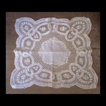 Fine Antique Wedding Bridal Handkerchief Hankie ~ Heirloom Keepsake, Handmade LACE