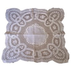 Fine Antique Wedding Bridal Handkerchief Hankie ~ Heirloom Keepsake, Handmade LACE