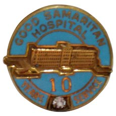Vintage Nursing Employee Award Pin Good Samaritan Hospital 10 Yr Diamond Enamel