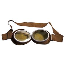 MILITARIA  WW1 or WW2 Military Aviator Goggles Fleece Lined Vintage