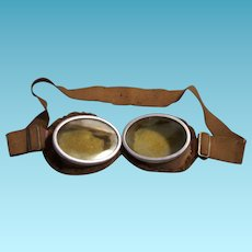 Vintage Pair Aviator Goggles Fleese Lined WW1 or WW2 Military