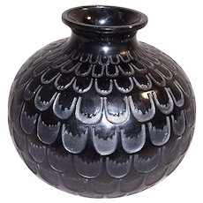 1930s Rene Lalique Black Art Glass Grenade Vase Engraved Signature R.Lalique