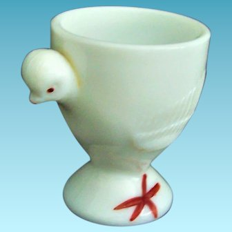 Vintage Figural Egg Cup White Milk Glass Chick