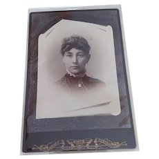 1900s CDV Cabinet Card Photo Woman Portrait