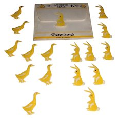 Vintage Dennison's Easter Gummed Paper Seals 8 Bunnies 8 Ducks