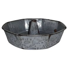 Vintage Grey Granite Ware Hexagon Bundt Pan