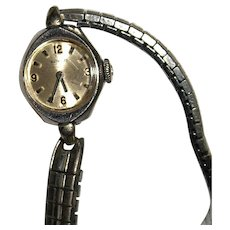 Ladies Vintage Benrus Wristwatch