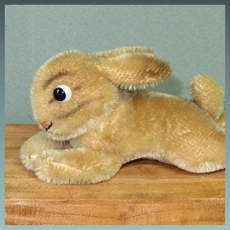 "Reclining Steiff Bunny 6 1/2"" x 2 1/2"" Glass Googly Eyes & Swivel Neck"