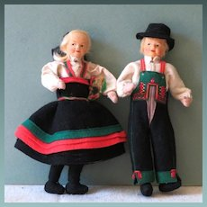 "7 1/2"" Pair Early Ronnaug Petterssen Norwegian Cloth Dolls ~ Norway"