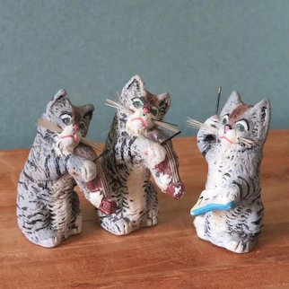 """3 Musical 1 3/4"""" German Compo Cats - Wonderful!"""