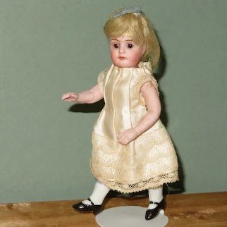 """Gorgeous 4 3/4"""" Mignonette ~Rare Mold 190/12 Looks to be by Kestner"""