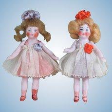 "3 1/4"" Pair Hertwig Dollhouse Dolls ~ All Original!  Pair # 2"