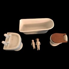 Vintage Doll House Sized China Bathroom Set with 2 Dolls Made in Japan