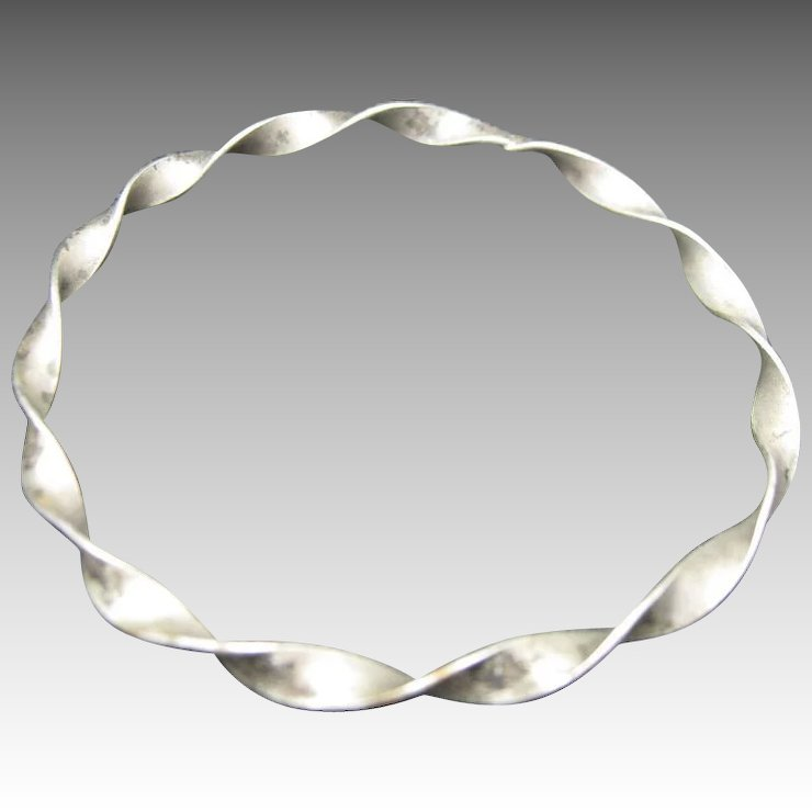 Sterling silver bangle bracelet Twisted Flat WIre : Unsigned Beauty ...