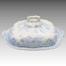 Asiatic Pheasants Covered Vegetable bowl Blue and white