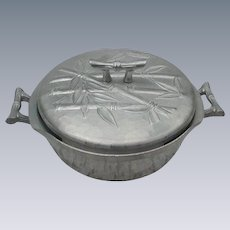 Everlast Aluminum Hand-Forged Covered Casserole, Bamboo Motif