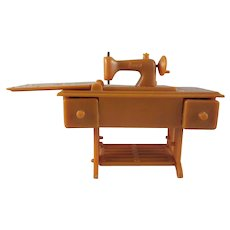 "Renwal 3/4"" No. 89 Tan Sewing Machine Dollhouse Furniture HTF"