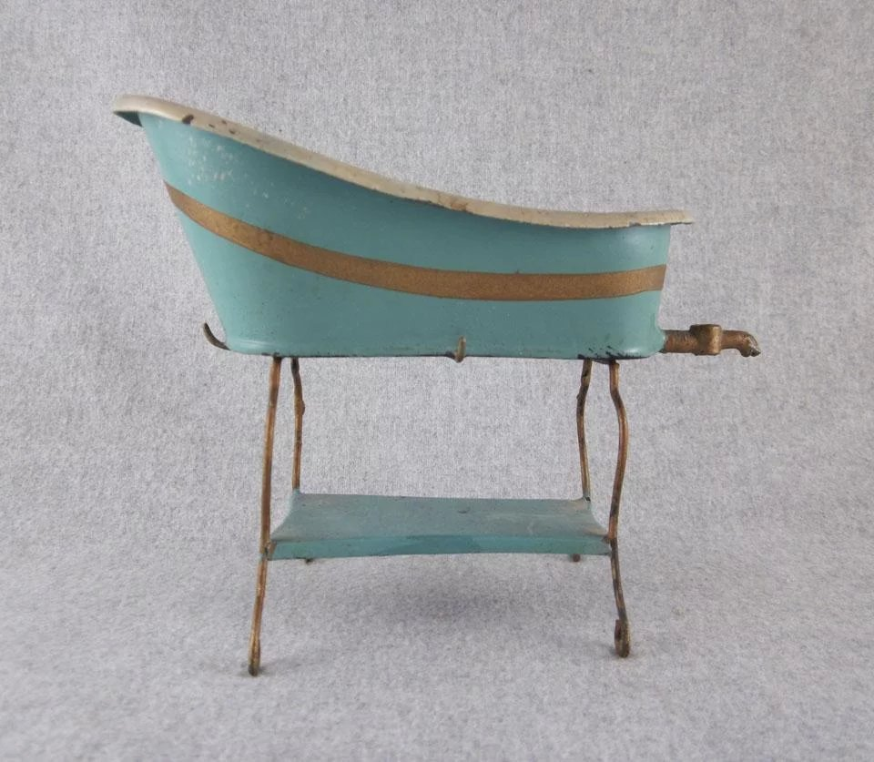Early Marklin Tin Baby Bath Tub Dollhouse Furniture : Milkweed ...