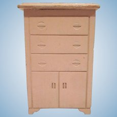 "Strombecker 3/4"" Pink Highboy Dollhouse Furniture"