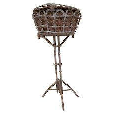 """Vintage Soft Metal 1"""" Standing Sewing Basket Stand Dollhouse Accessory"""