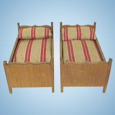 """Vintage Pair of Wooden 1"""" Home Made Twin Beds with Mattresses and Pillows Dollhouse Furniture"""