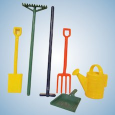 Vintage Irwin Hard Plastic 6 Piece Garden Tools Set Dollhouse Accessories