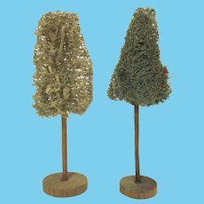 Vintage Pair of Loofa Trees for the Dollhouse Accessory
