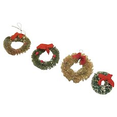 """Vintage Bottle Brush Wreath Christmas Decoration for the Dollhouse Accessory 1-1/2"""" Diameter Have 4"""