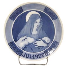 Royal Copenhagen Christmas Plate 1920