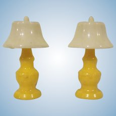 "Renwal 3/4"" No. 71 Pair of Yellow Table Lamps Dollhouse Accessories"