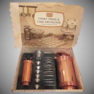 Vintage Sears Cookie Press and Cake Decorator Set in original Box Complete 19 Pieces