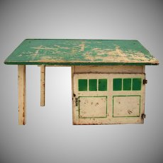 Arcade Wooden Garage & Filling Station for Cast iron Vehicles HTF