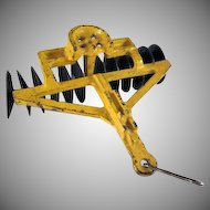 Arcade Cast Iron Disc Harrow Farm Implement Toy