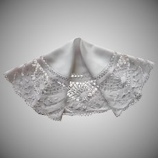 Torchon Lace Bobbin Antique Linen Centerpiece Small Round Tablecloth Topper