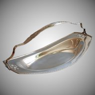 ca 1920 Bread Basket Handle Antique Silver Plated Benedict Georgian Style