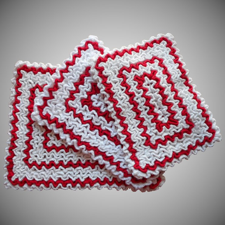Vintage Hot Pads Trivets Potholders Red White Kitchen Crocheted
