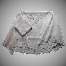 Oval Tablecloth 12 Napkins Madeira Set Vintage Linen Cutwork Ecru Embroidery TLC