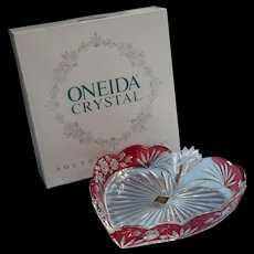 Oneida Southern Garden Crystal Heart Tray Dish Cranberry Red Original Box